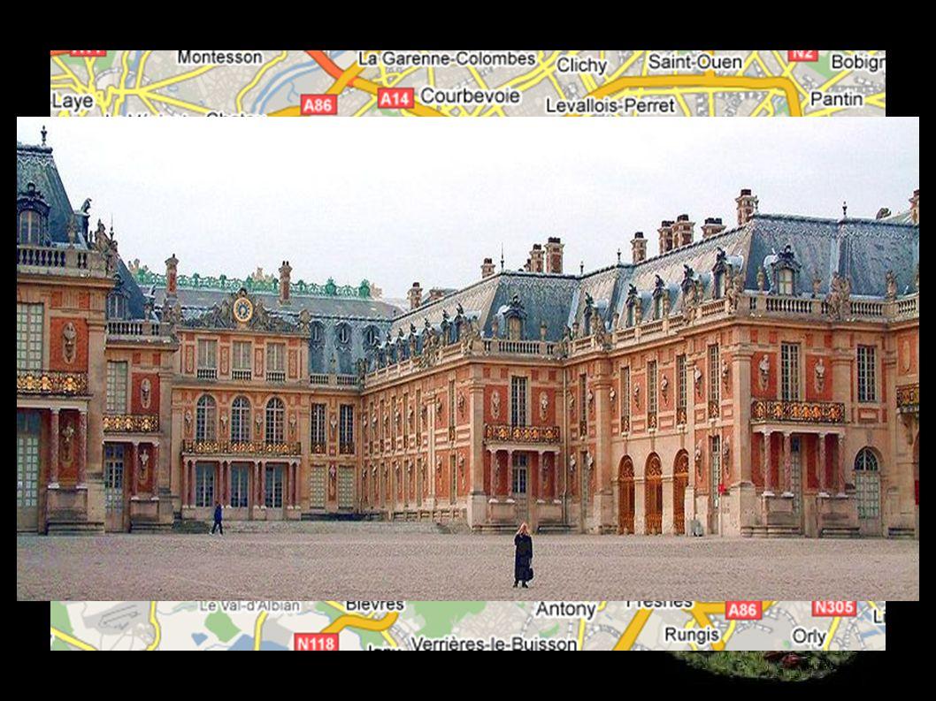umírá ve svém paláci ve Versailles ve věku 76 let