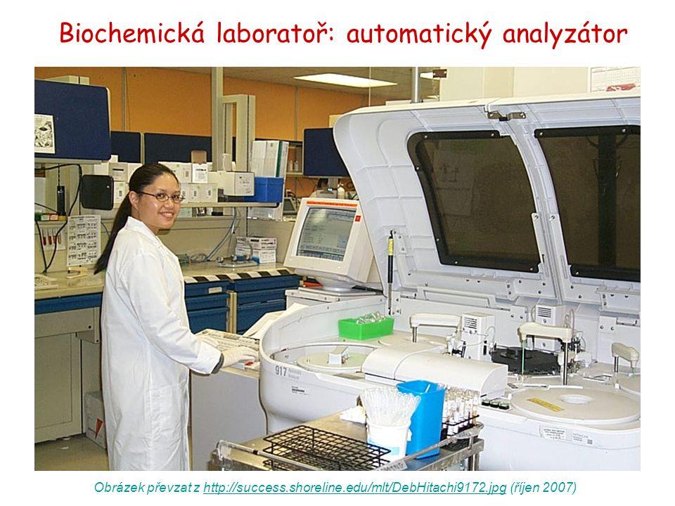 Biochemická laboratoř: automatický analyzátor