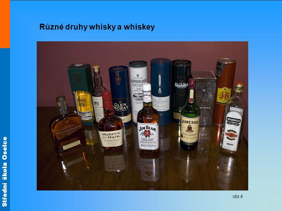 Různé druhy whisky a whiskey