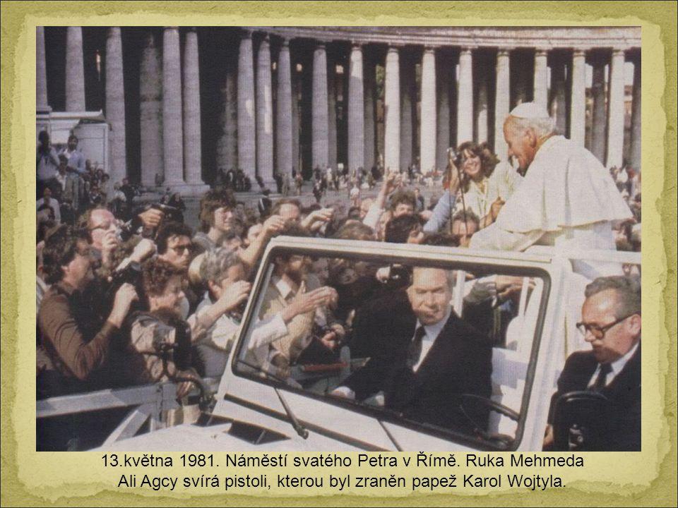 13. května 1981. Náměstí svatého Petra v Římě