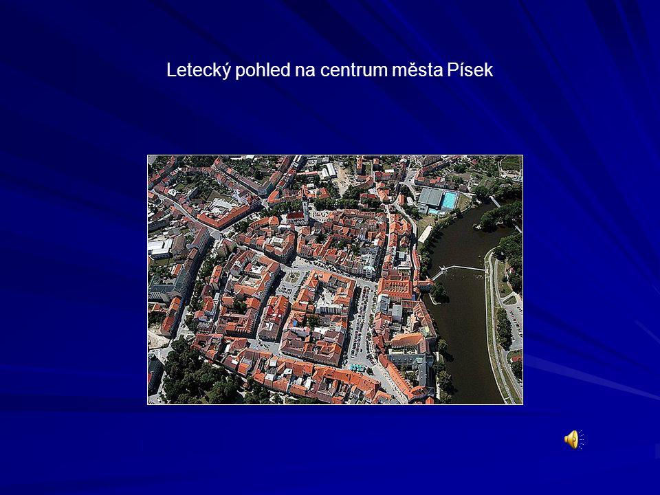 Letecký pohled na centrum města Písek