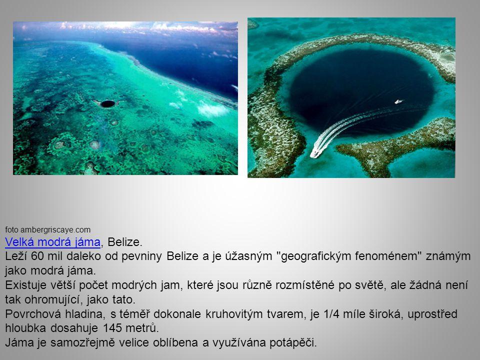 Velká modrá jáma, Belize.
