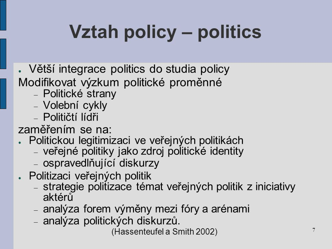 Vztah policy – politics