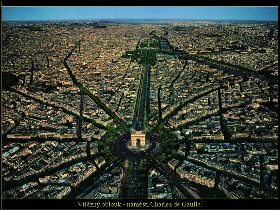 Vítězný oblouk - náměstí Charles de Gaulle.