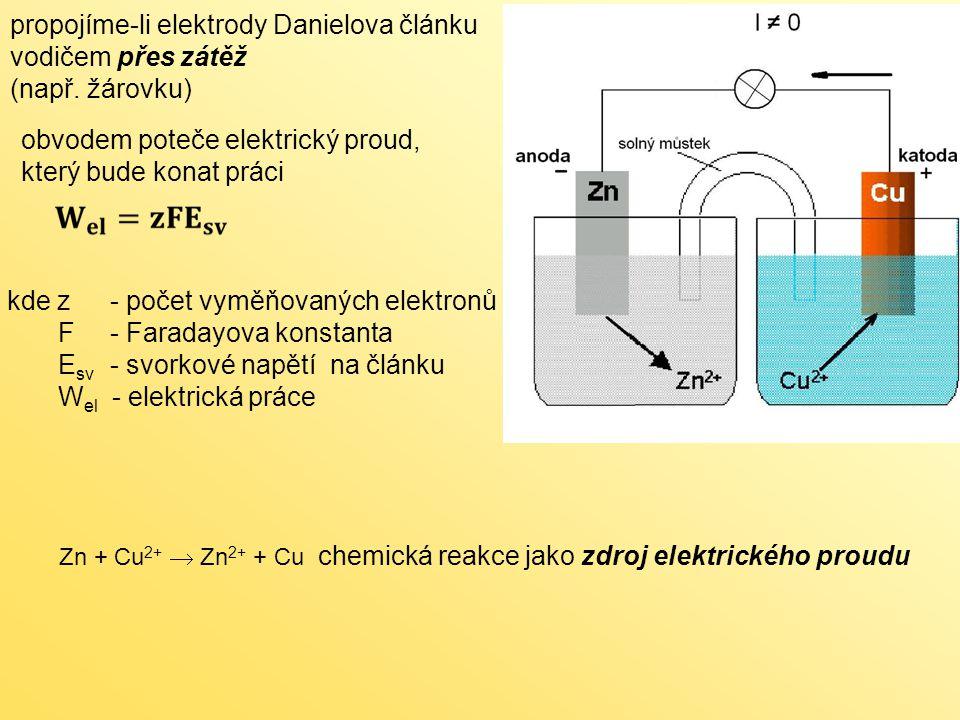 propojíme-li elektrody Danielova článku vodičem přes zátěž