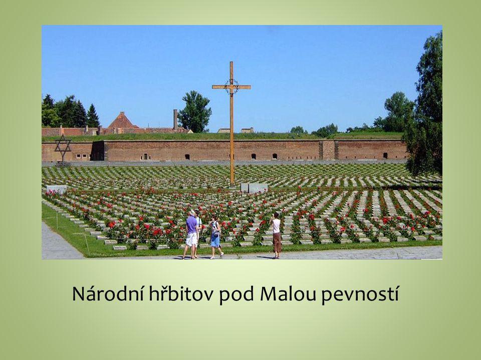 Národní hřbitov pod Malou pevností
