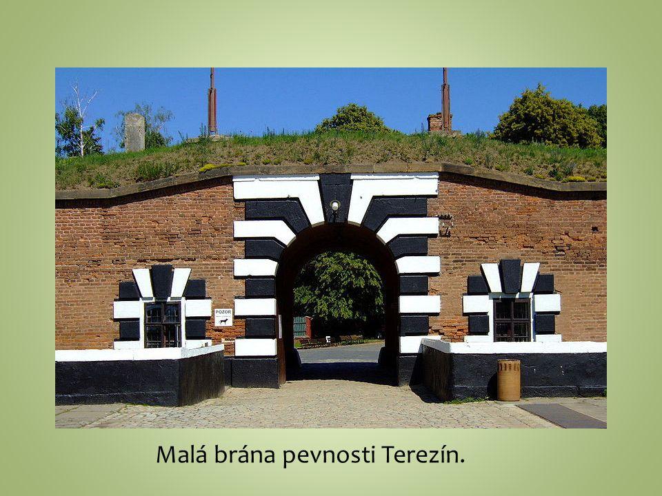 Malá brána pevnosti Terezín.