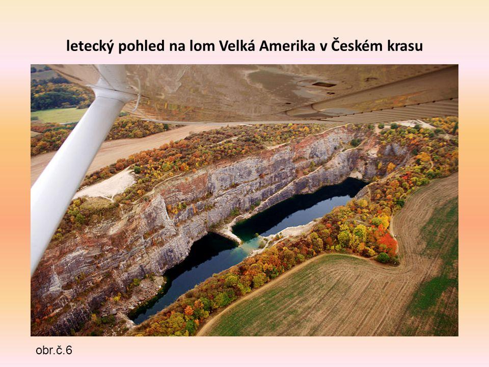 letecký pohled na lom Velká Amerika v Českém krasu