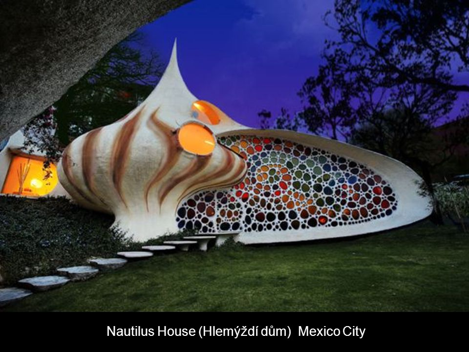 Nautilus House (Hlemýždí dům) Mexico City