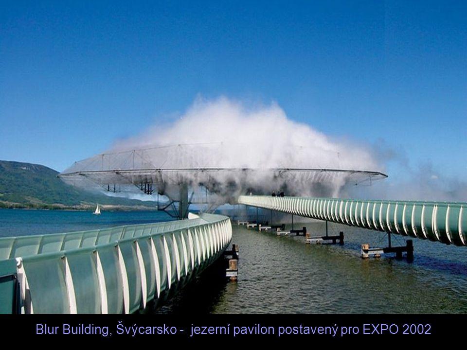 Blur Building, Švýcarsko - jezerní pavilon postavený pro EXPO 2002