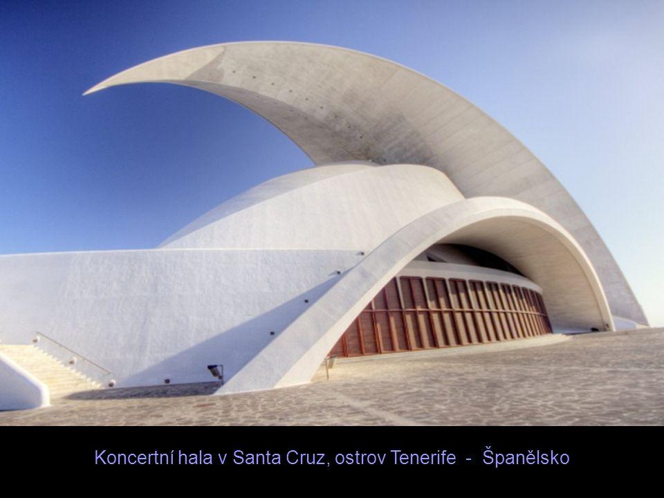 Koncertní hala v Santa Cruz, ostrov Tenerife - Španělsko
