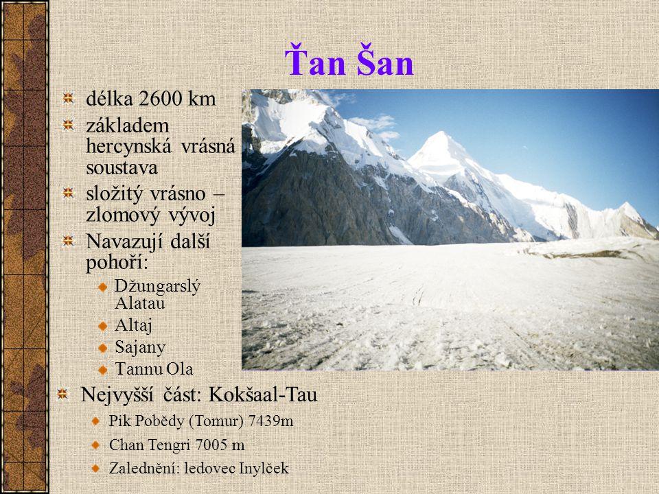 Ťan Šan délka 2600 km základem hercynská vrásná soustava
