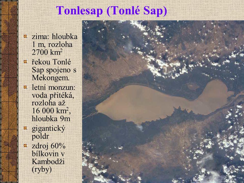 Tonlesap (Tonlé Sap) zima: hloubka 1 m, rozloha 2700 km2