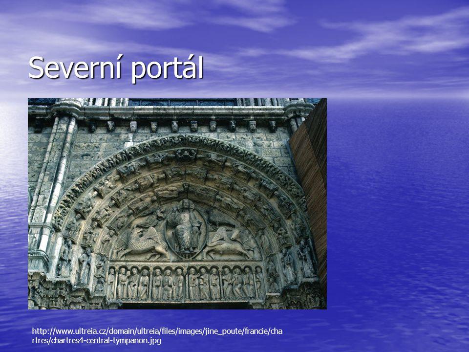 Severní portál http://www.ultreia.cz/domain/ultreia/files/images/jine_poute/francie/chartres/chartres4-central-tympanon.jpg.