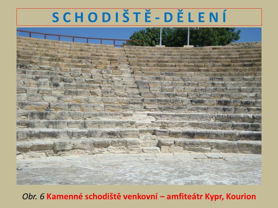 Obr. 6 Kamenné schodiště venkovní – amfiteátr Kypr, Kourion
