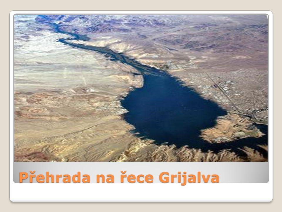 Přehrada na řece Grijalva