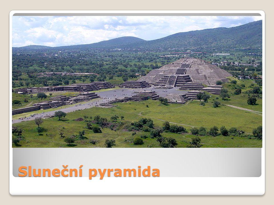 Sluneční pyramida