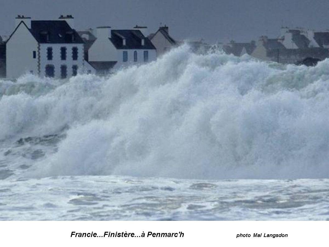 Francie...Finistère...à Penmarc h photo Mal Langsdon