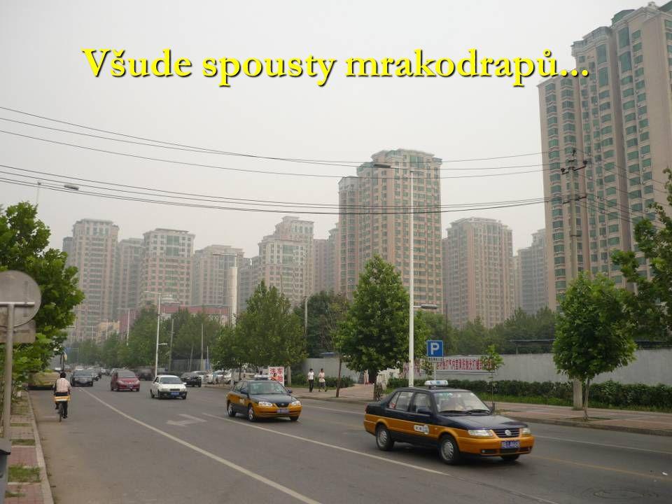 Všude spousty mrakodrapů...