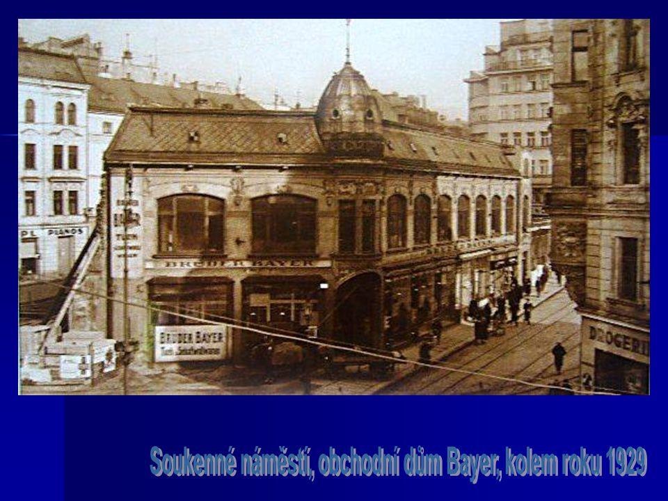 Soukenné náměstí, obchodní dům Bayer, kolem roku 1929