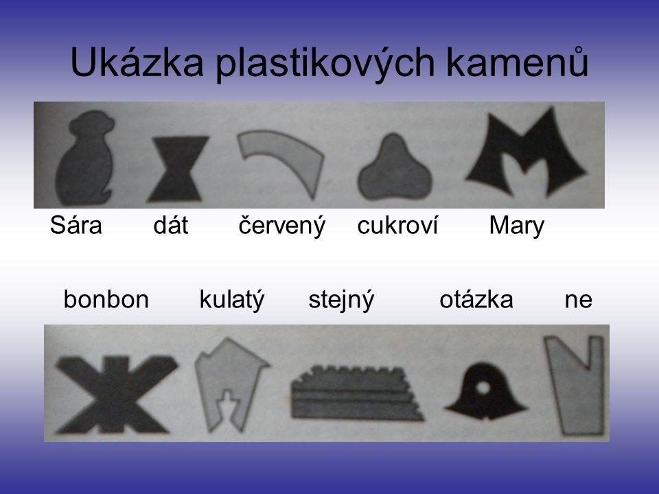 Ukázka plastikových kamenů