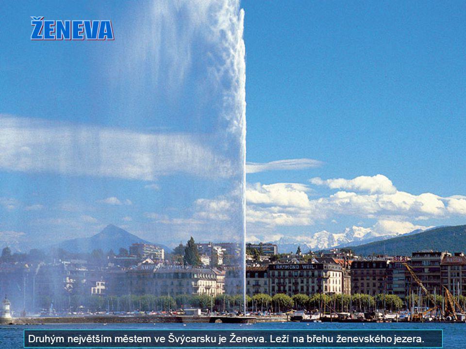 ŽENEVA Druhým největším městem ve Švýcarsku je Ženeva. Leží na břehu ženevského jezera.