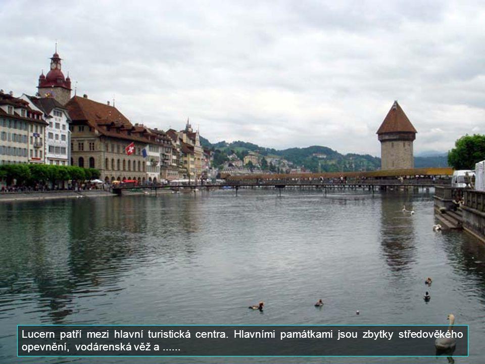 Lucern patří mezi hlavní turistická centra