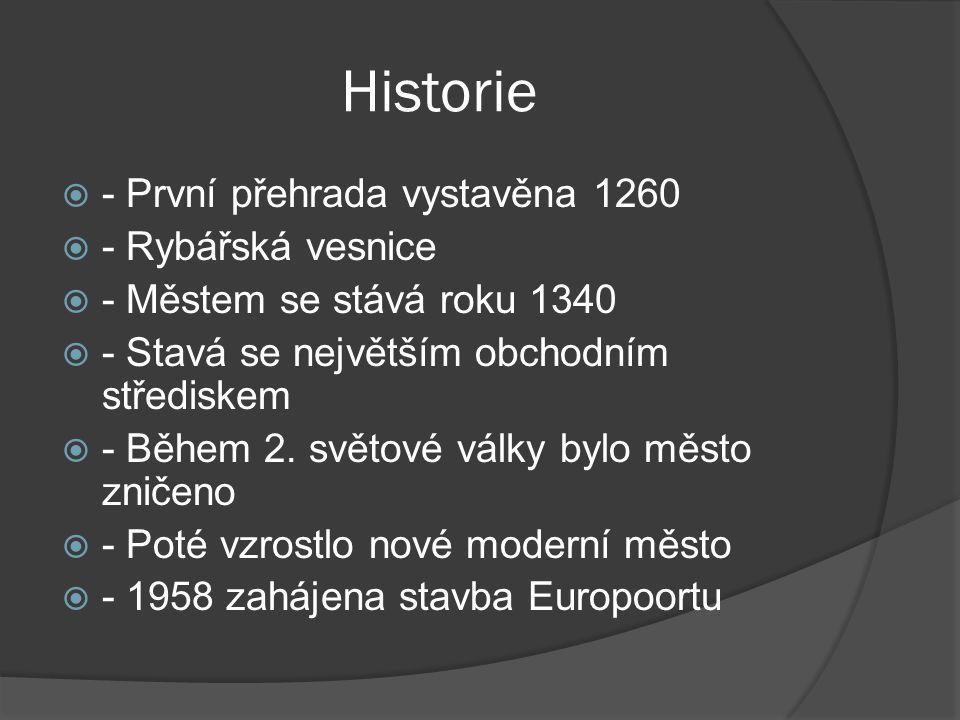 Historie - První přehrada vystavěna 1260 - Rybářská vesnice