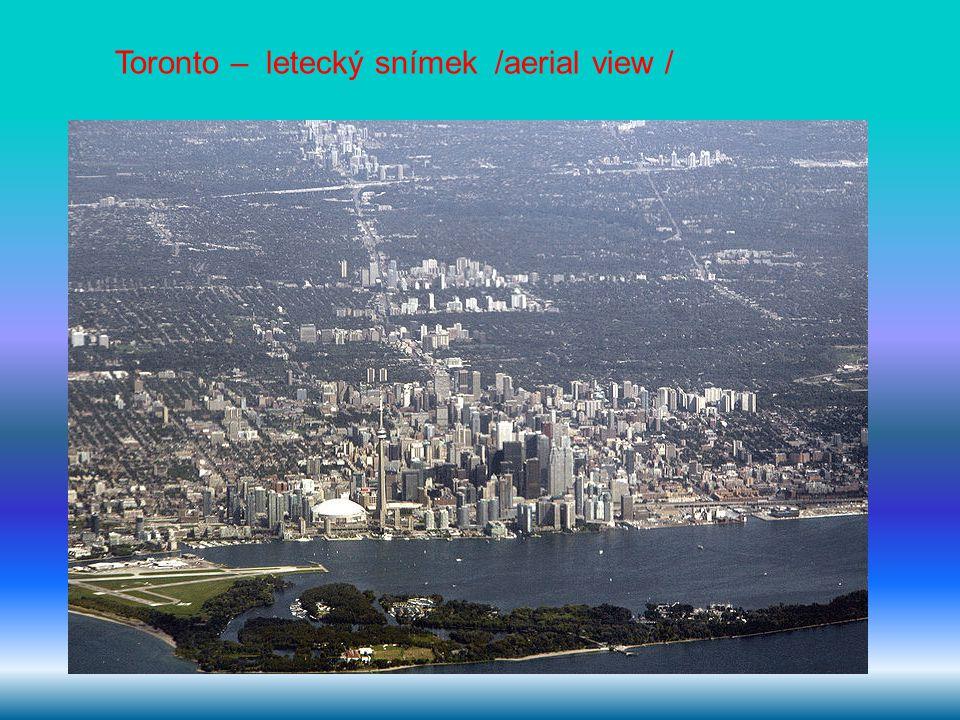 Toronto – letecký snímek /aerial view /