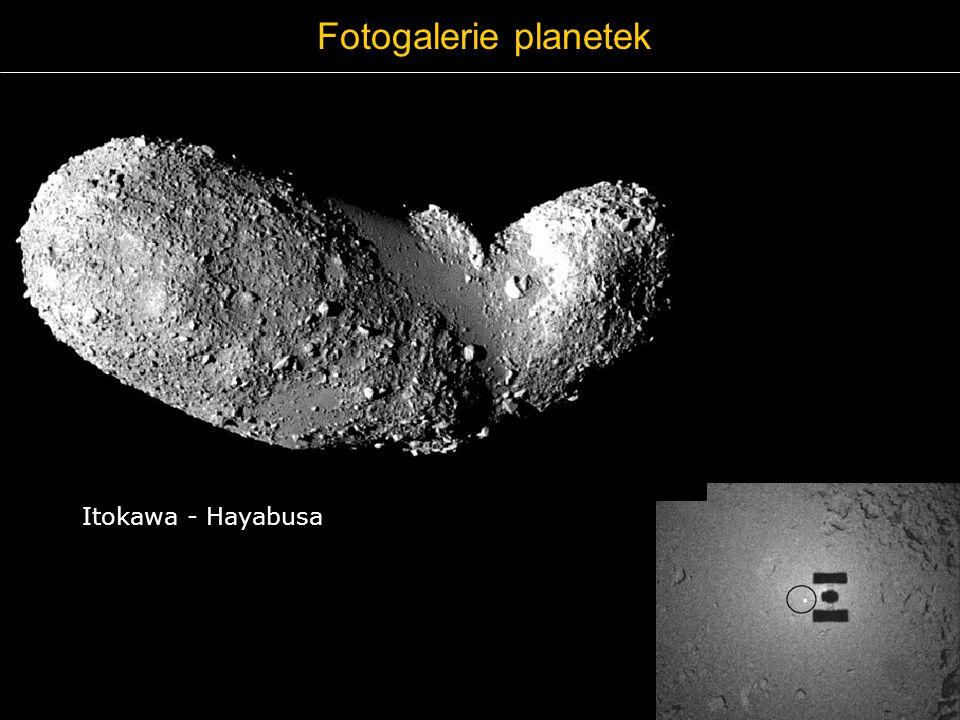 Fotogalerie planetek Itokawa - Hayabusa