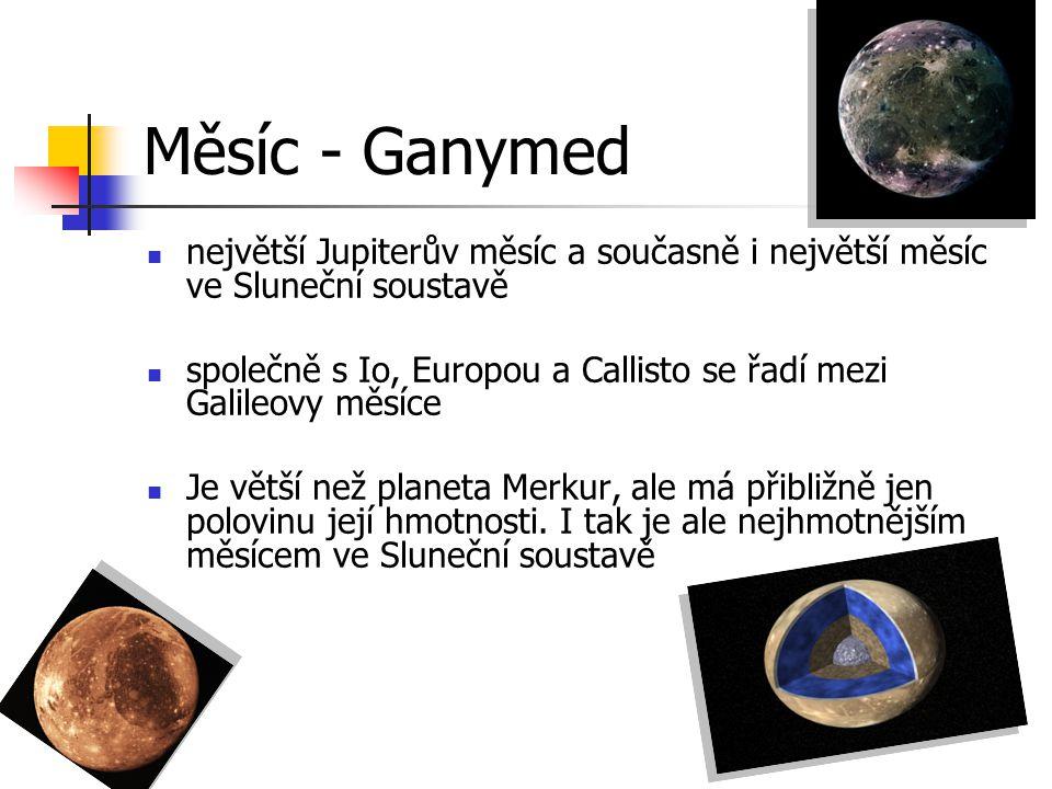 Měsíc - Ganymed největší Jupiterův měsíc a současně i největší měsíc ve Sluneční soustavě.