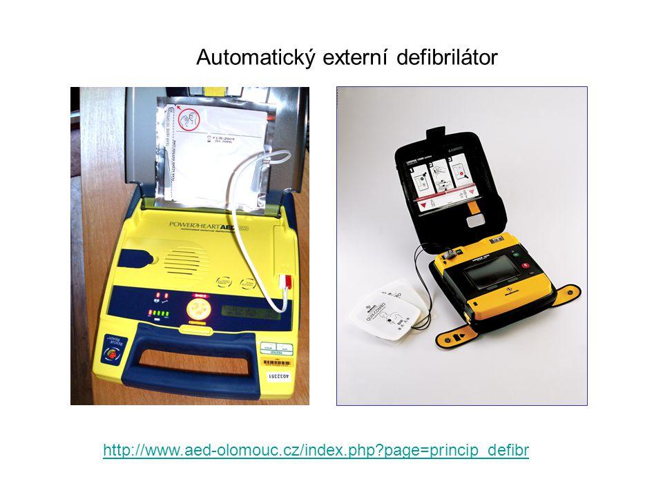 Automatický externí defibrilátor