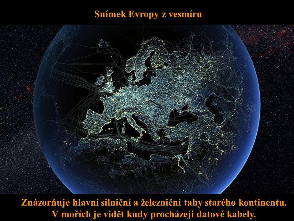 Snímek Evropy z vesmíru