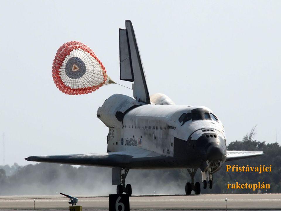 Přistávající raketoplán