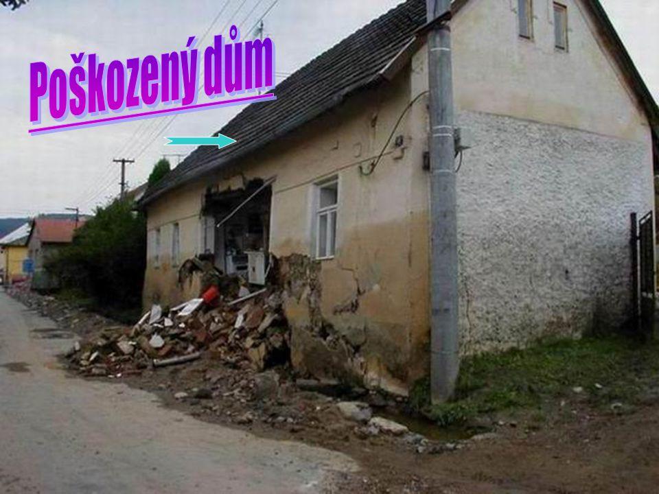 Poškozený dům