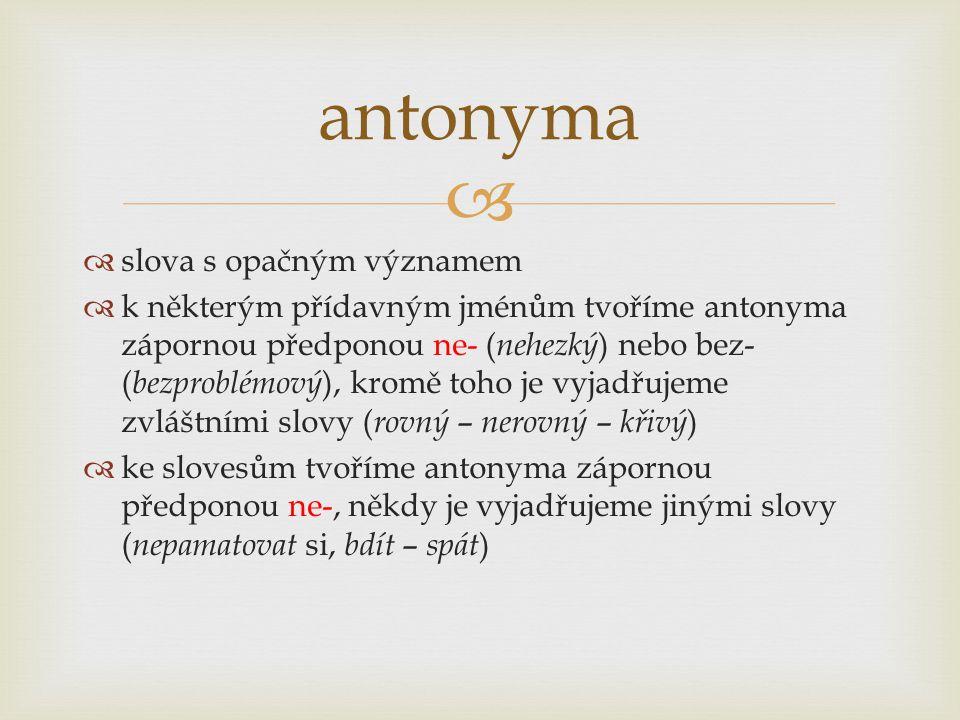 antonyma slova s opačným významem