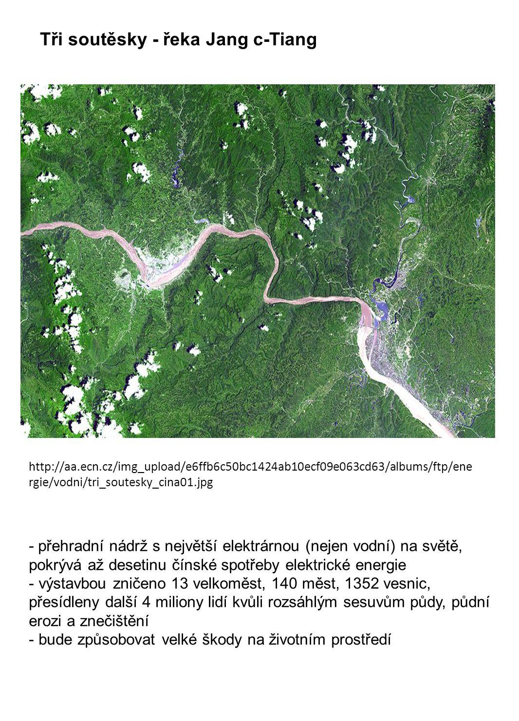 Tři soutěsky - řeka Jang c-Tiang