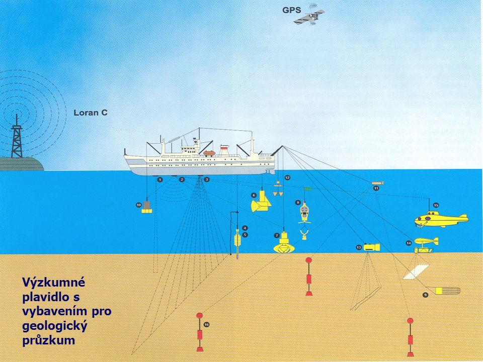 Výzkumné plavidlo s vybavením pro geologický