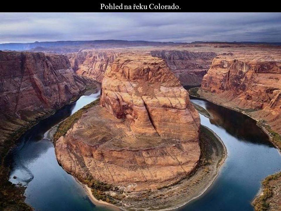 Pohled na řeku Colorado.