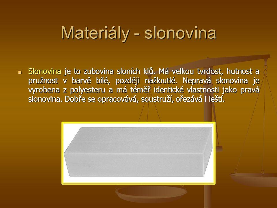 Materiály - slonovina