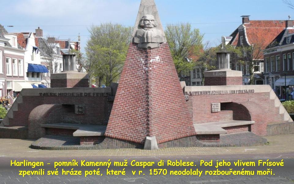 Harlingen - pomník Kamenný muž Caspar di Roblese