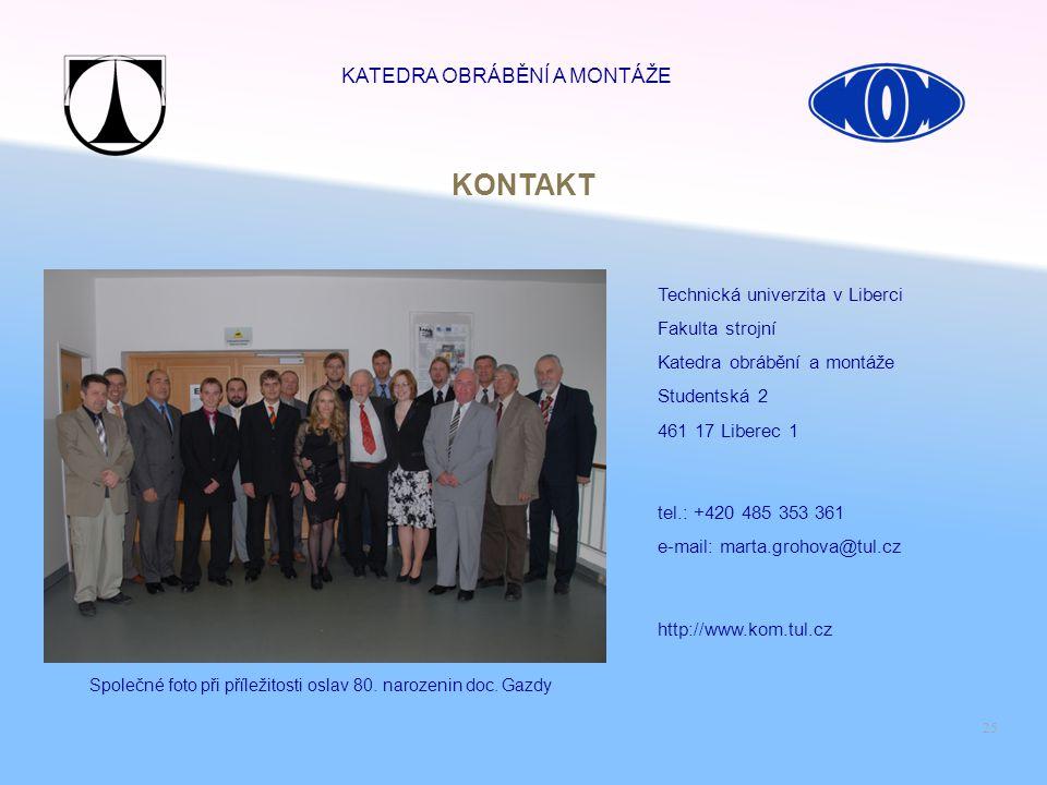 Společné foto při příležitosti oslav 80. narozenin doc. Gazdy