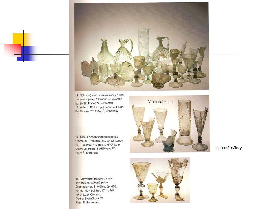 Renesanční sklo Víceboká kupa Početné nálezy