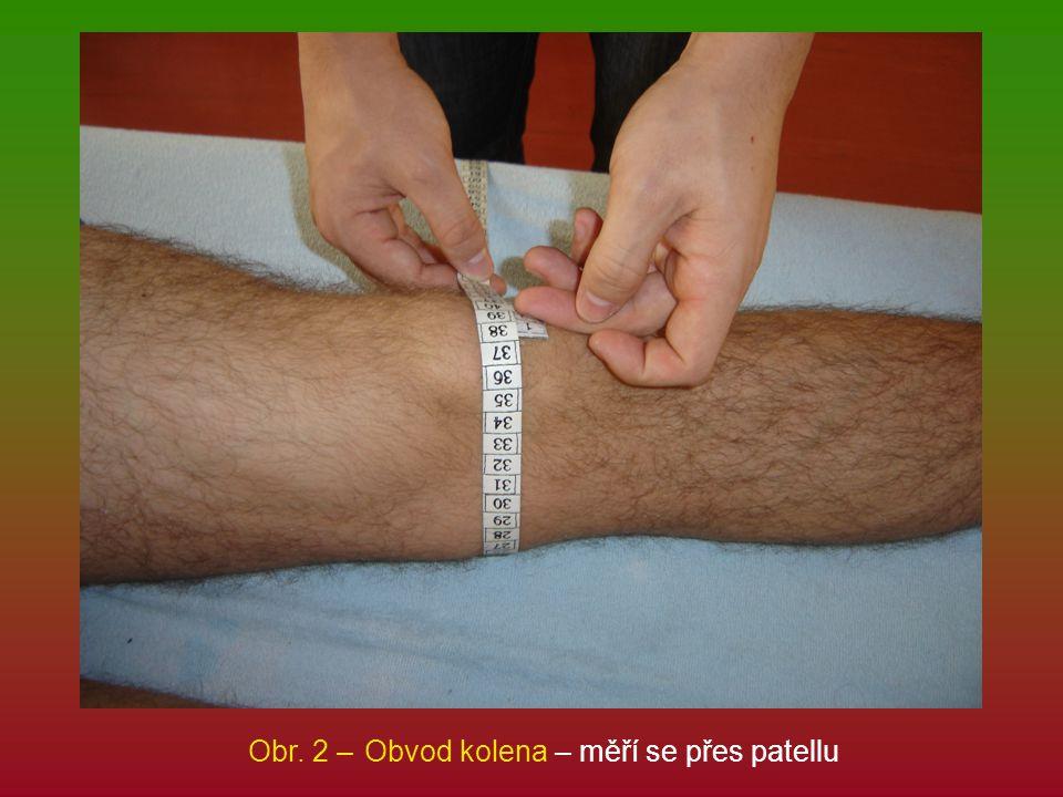 Obr. 2 – Obvod kolena – měří se přes patellu