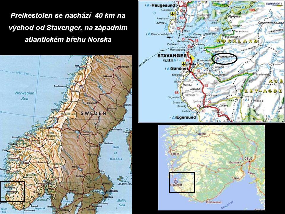 Preikestolen se nachází 40 km na východ od Stavenger, na západním atlantickém břehu Norska