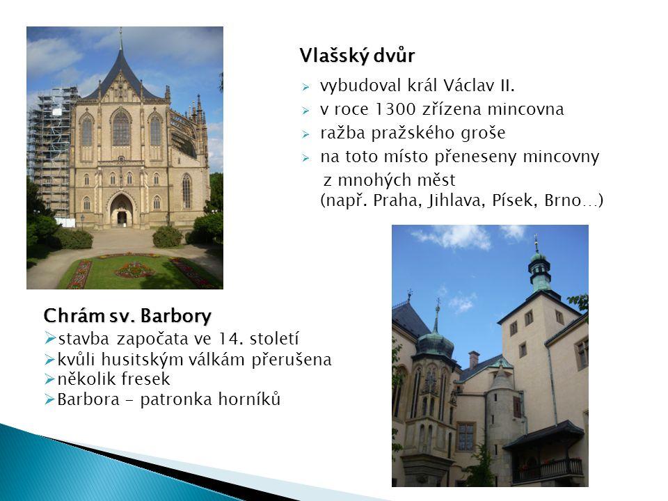 stavba započata ve 14. století