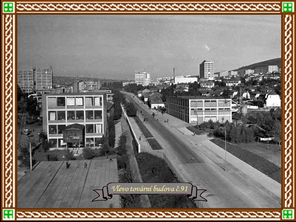 r.1936 – vzadu Masarykovy školy