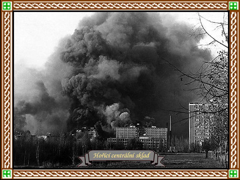 Hořící centrální sklad