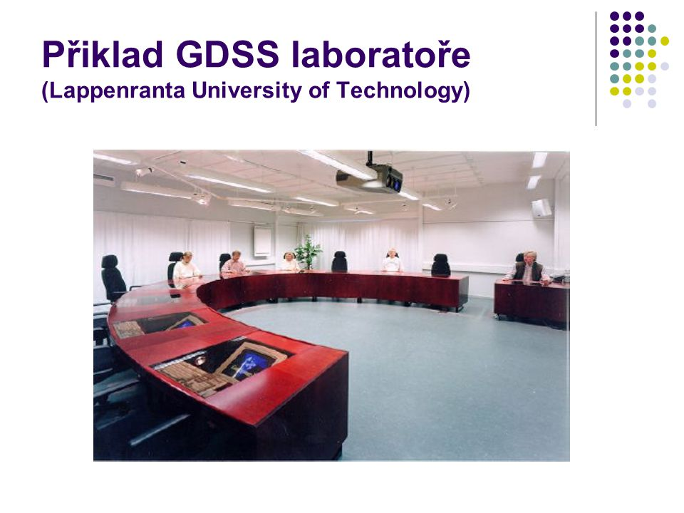 Přiklad GDSS laboratoře (Lappenranta University of Technology)