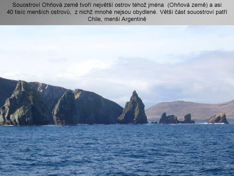 Souostroví Ohňová země tvoří největší ostrov téhož jména (Ohňová země) a asi 40 tisíc menších ostrovů, z nichž mnohé nejsou obydlené.